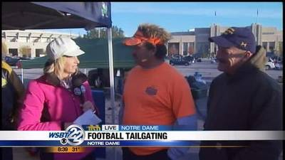 News video: TAILGATING TRIVIA: Fans set up for Notre Dame game